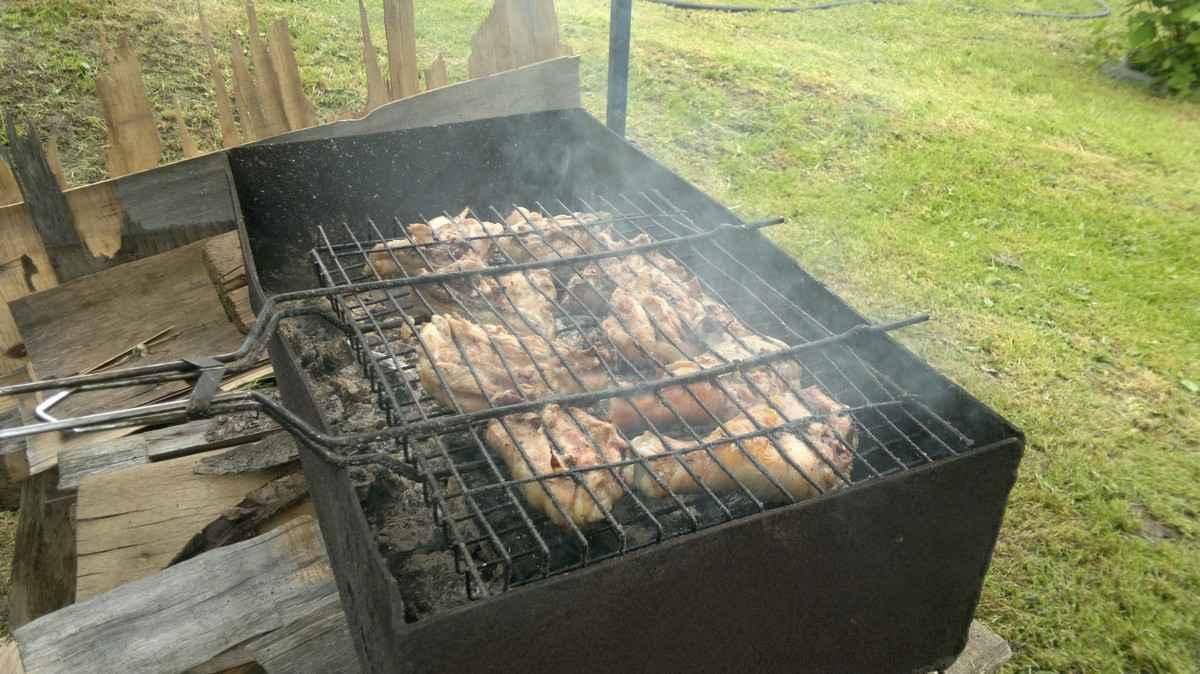 Мясо на мангале